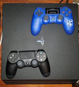 Sony PS4 Pro, 2 Joysticka, 5 org igara