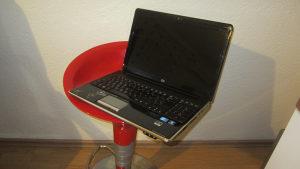 HP dv6 15,6 led / i3 M330/ 500 / 1G 320M
