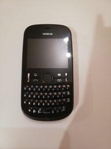 Nokia 201 telefon