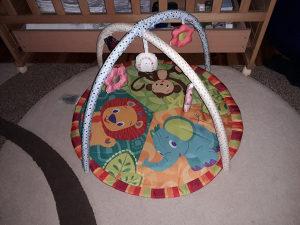 Podloga za bebe za igranje