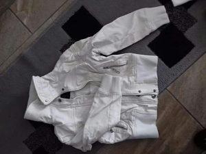 Jakna bijela