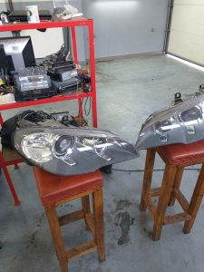 Bmw farovi e70 auto otpad i servis 065910252