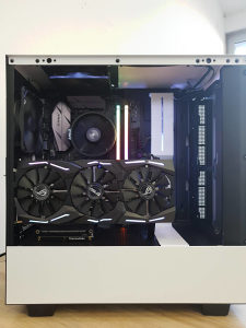 Konfiguracije AMD RYZEN 3 5 7 GTX 1070 570 580 RTX 2060