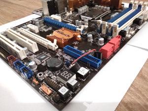 Matična ploča ASRock H55 Pro + CPU I3 540