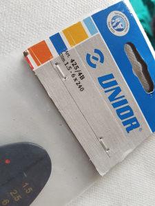Klijesta za kablovske stopice 425/4AB - NE KORIŠTENA