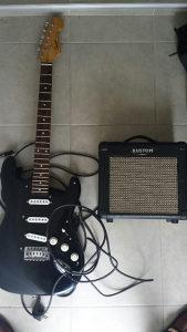 Električna gitara i pojačalo za gitaru