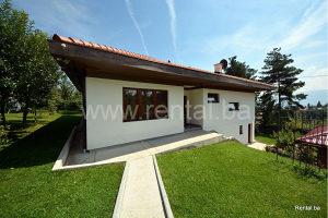 Samostojeća kuća i zemljište Bojnik prodaja