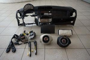 Fiat 500 tabla, airbag i pojasevi