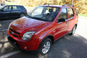 Suzuki Ignis 1.3DDIS, 2005g.registrovan, mali potrošač,