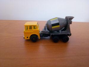 Autić kamion MIXER