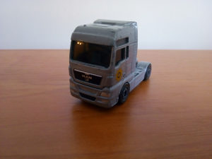Autić kamion Majorette MAN TGX