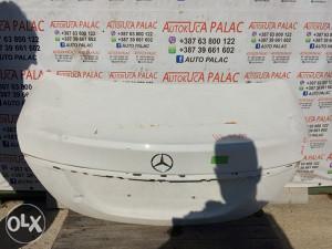 Hauba zadnja MercedesW205 HA1000