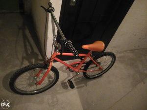 BMX biciklo