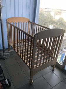 Djeciji krevetić drveni Novo