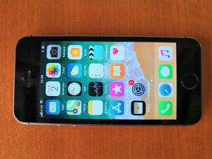 IPhone 5S, 16GB, Space Gray, sve otključano, garancija