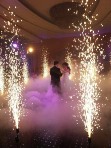 Vatrene prskalice fontane za vjencanja prvi ples efekti