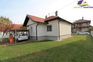 Prizemna kuća površine 84m2 u osnovi!ID:991/EN