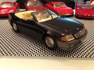 Mercedes 500 SL (1989) Maisto 1:18