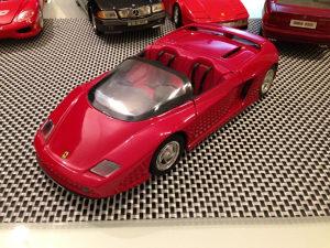 Ferrari MYTHOS Revell 1:18