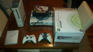 Xbox 360 Konzola