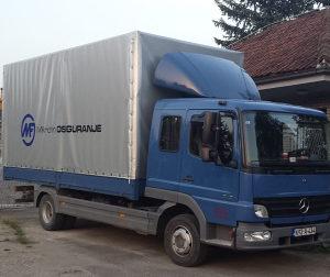 Kamion Mercedes-Benz 815