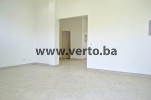 POSLOVNI PROSTOR 70 m2, SLATINA, TUZLA