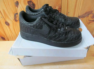 NIKE AIR FORCE LIMITED EDITION BR 45.5