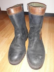 Čizme kožne broj 44