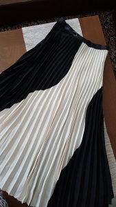 Suknja plisirana br 36