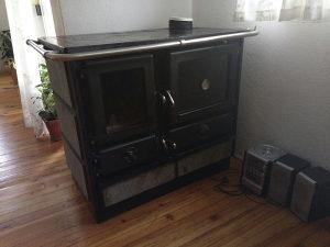Sporet/pec na drva za centralno grijanje