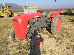 Traktor SAME 40 konja nove sve 4 gume
