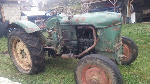Traktor dajc 25