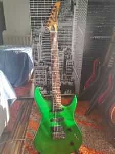 Elektricna gitara Melodija