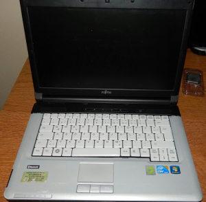 Fujitsu S710 djelovi