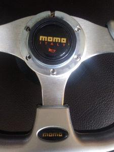 Sportski volan Momo
