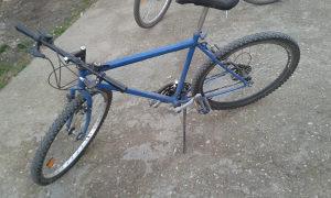bicikl .