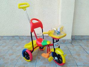 Djeciji tricikl sa melodijama
