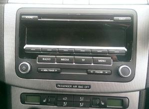 RCD 310 MP3 Golf 6 Golf 5 Passat 6 Tiguan Touran perfek