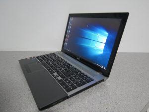 """Laptop Acer 15.6"""" A8-4500M / 4gb / Amd HD 7640 6mj.gar"""