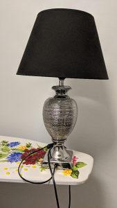 Stolna lampa Vicko