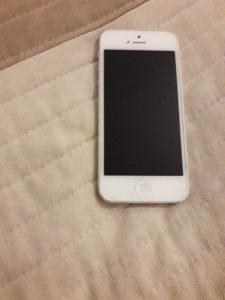 iPhone 5 32 GB,bez zamjene,fiksna cijena