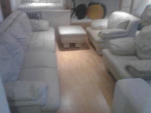 Dvosjedi i fotelje bijele - prava koza