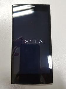 Tesla Smartphone 3 bijeli
