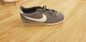 Nike cortez 42 , 42.5 , 44.5 , 46