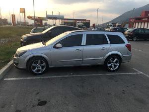 Opel Astra H TOP STANJE *Tek registrovana*