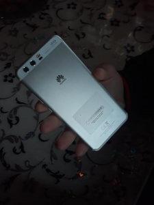 Prodajem Huawei p10 64gb {400KM}