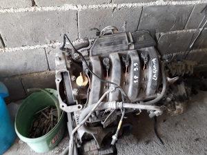 Motor renault laguna 1.8 benz 99 god