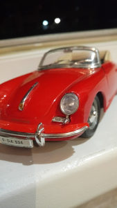 Porsche 356 burago 1.24