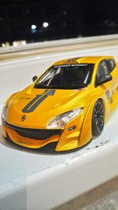 Renault megane trophy 1:24 burago
