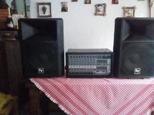 Mikseta i zvucnici + dodatna oprema